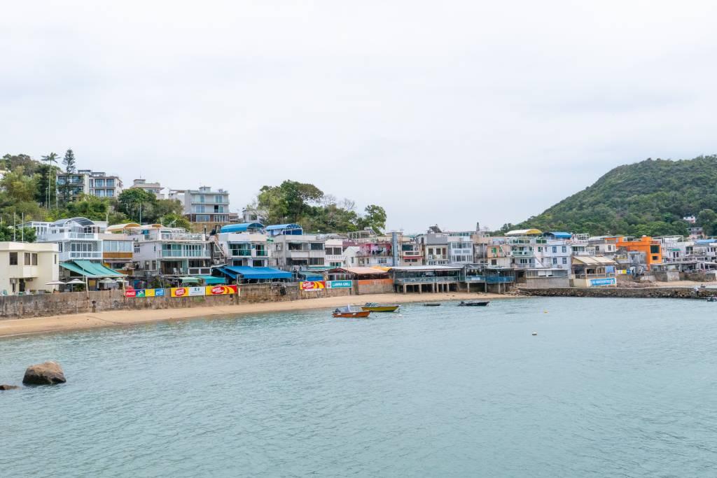 Hung Shing Yeh beach, Lamma island